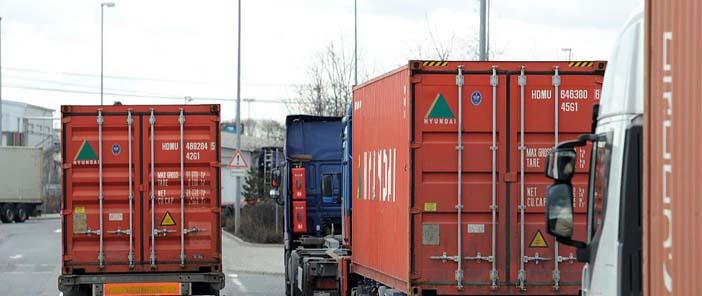 Ukrán kamionos összetűzés logisztikai központ fót