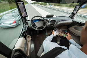 mercedes-benz-future-truck-2025-dash