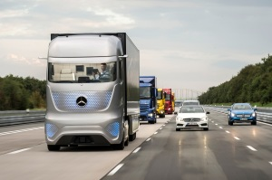 mercedes-benz-future-truck-2025-in-motion-04