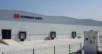 A DB Schenker nemzetközi logisztikai cég Isztambul és Izmir közelében két, összesen több mint 24.000 négyzetméteres telephelyet vett birtokba.