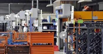 Raktárcsarnokot avatott a Kirchhoff az esztergomi ipari parkban