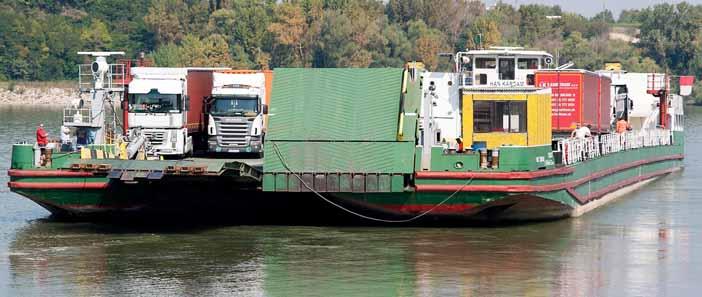 2016. szeptember 9-én átadták az Esztergom és Párkány közötti teherkompot.