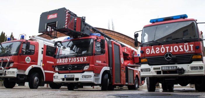 Új abroncsokat kaptak a tatabányai tűzoltók járművei